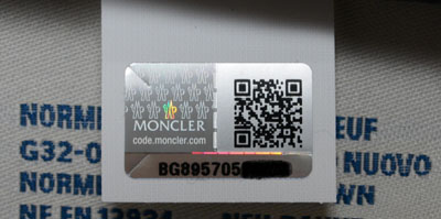 quality design aa5c0 3220a Moncler Expert - How to check authenticity